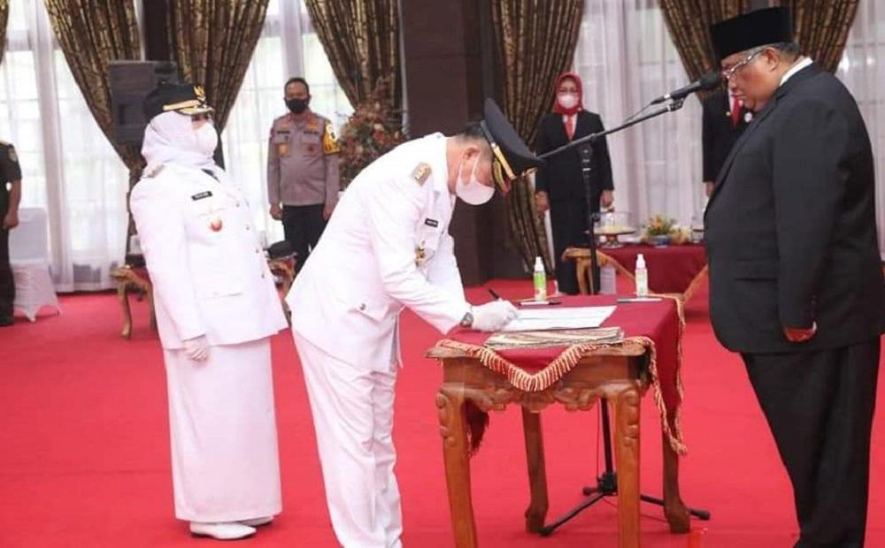 Bupati dan Wabup Koltim Baru Resmi Dilantik Gubernur