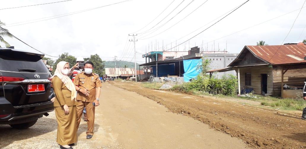 Pemda Koltim Lakukan Perbaikan Jalan Ladongi